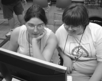 Picture of two DO-IT Scholars using a computer.